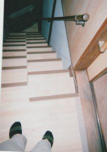 ゆるゆる階段山口県M様 上側踊り場とお部屋