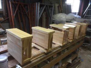 段違い階段蹴込板付きタイプ製作中